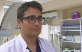 """Пациент с тежък инсулт е спасен в МБАЛ Сити Клиник """"Свети Георги"""" в  Монтана чрез рядка интервенция, призната за """"златен стандарт"""" в лечението на исхемичен мозъчен инсулт. Пациентът е с почти напълно възстановени моторни и говорни функции"""