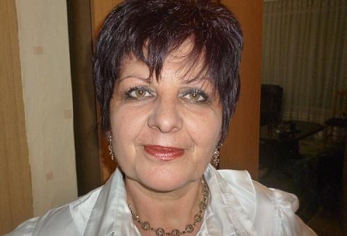 """Елена Станчева, главна медицинска сестра на """"МБАЛ – Пазарджик"""" АД: Имунизацията е гаранция за по-леко прекарване на инфекцията"""