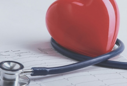Сърдечно-съдовата система може да бъде трайно засегната от COVID 19. Лекари обменят  опит онлайн как да се справят с последствията от инфекцията.