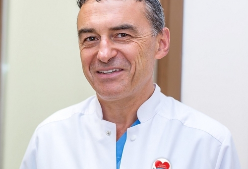 Проф. Иво Петров: Ваксинираните със сърдечни усложнения са под 0,1 %